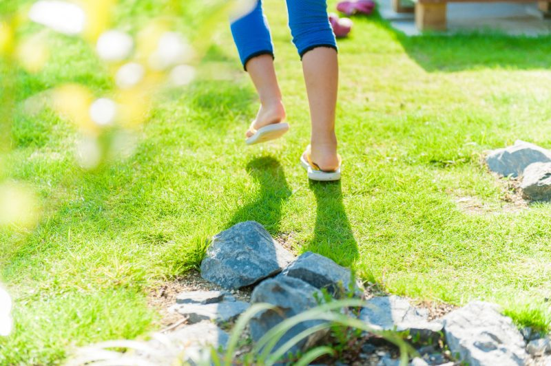 庭で遊ぶ、学ぶ、つながる。